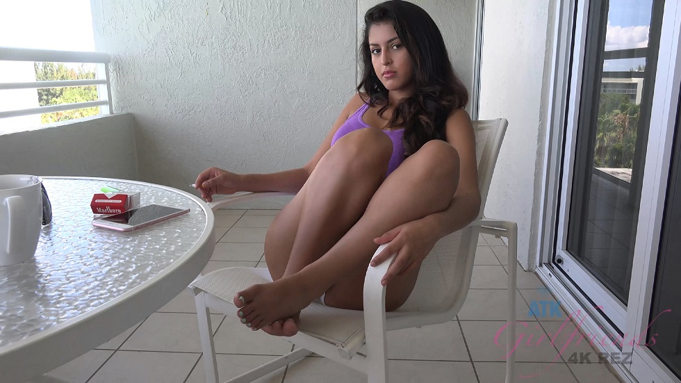 [ATKGirlfriends.com] Sophia Leone - Virtual Vacation Sarasota 2/2, 4K 2160