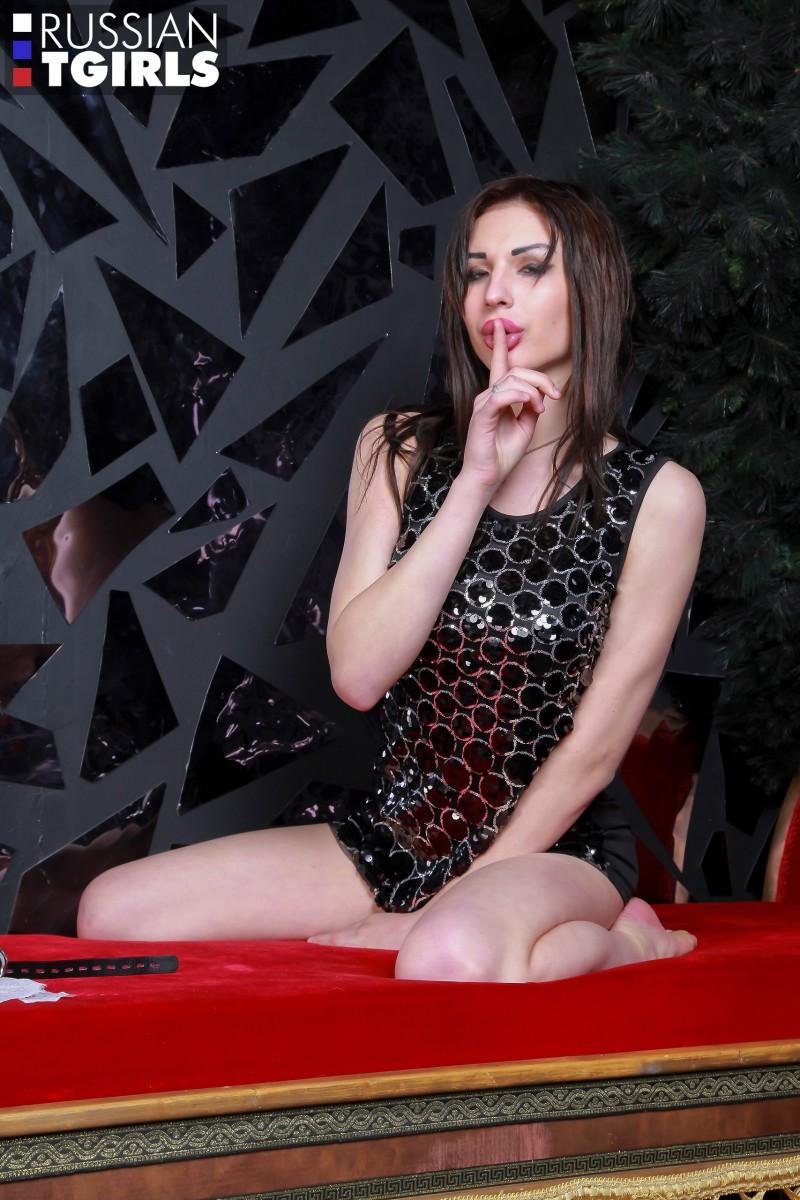 [Russian TGirls] Cristal Shines Again 4K UHD 2160