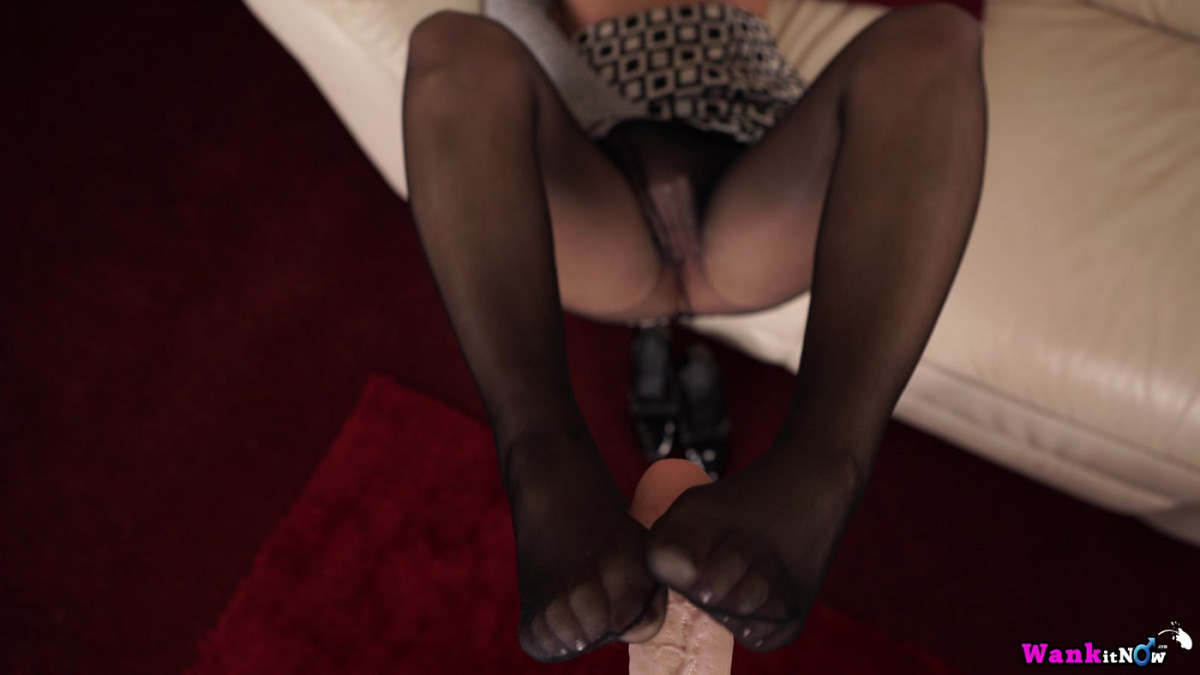 "[WankItNow] Faye ""Nylon Seduction"" 4K UltraHD (2160p)"