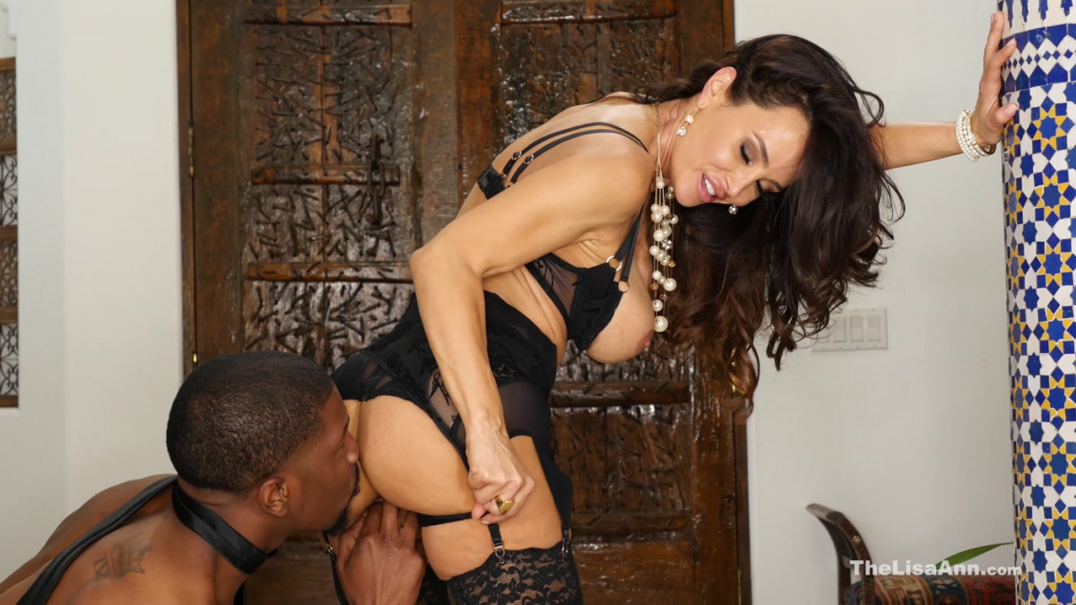 [The Lisa Ann] Lisa Ann is Back In Black 4K UltraHD 2160p