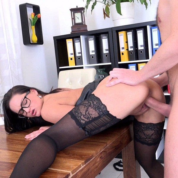 [Fucking Office] FUCKED WITH HER UNDERLING 4K UltraHD 2160p