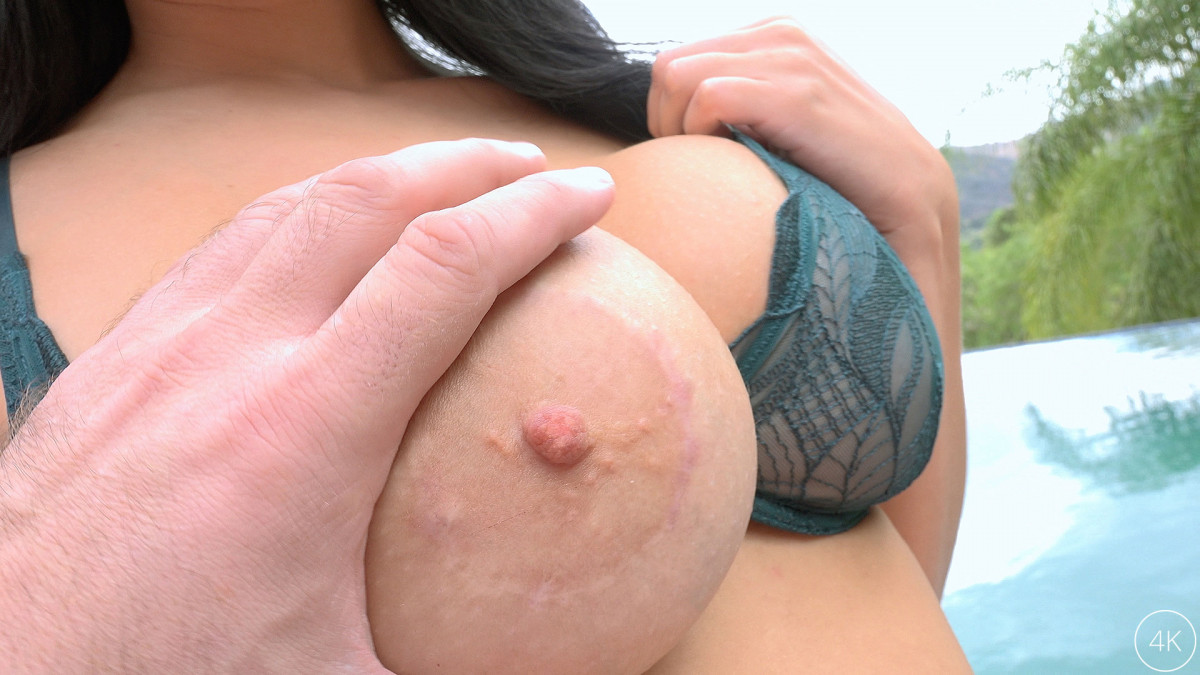 Jules Jordan - Voluptuous Big Tit Slut Begs For Manuel's Cock - Manuel Ferrara, Victoria June - 4K UltraHD 2160p