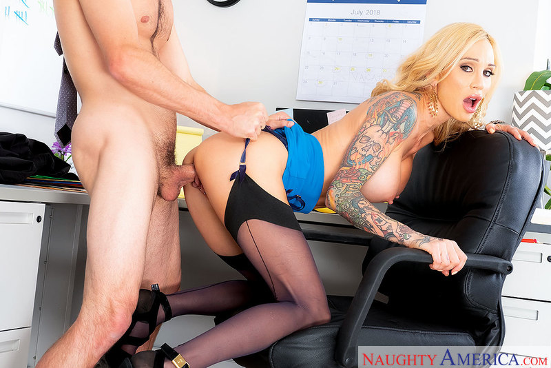 Naughty America - SARAH JESSIE & TYLER NIXON - 4K UltraHD 2160p